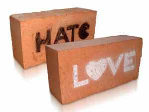cinta dan benci